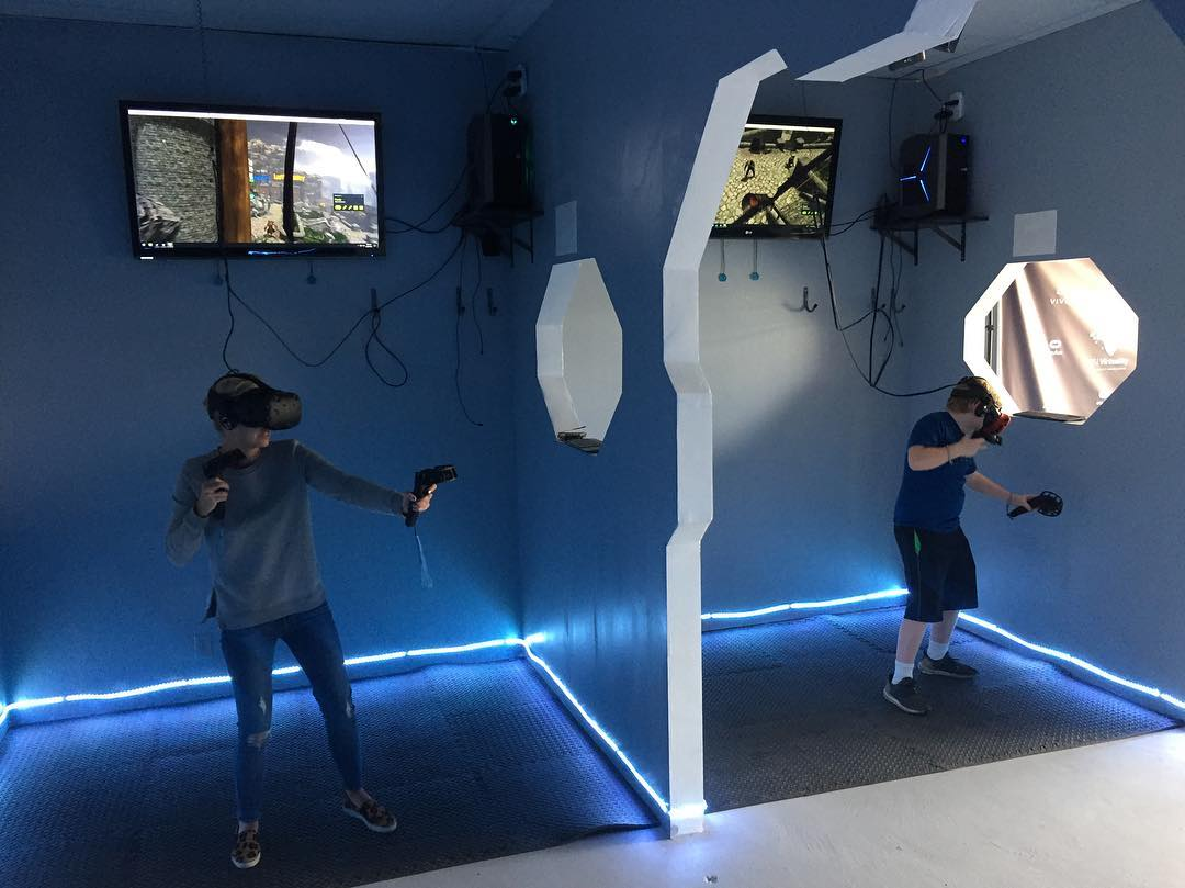 Birthday Party In Virtual Reality - VR Galaxy - Image 1