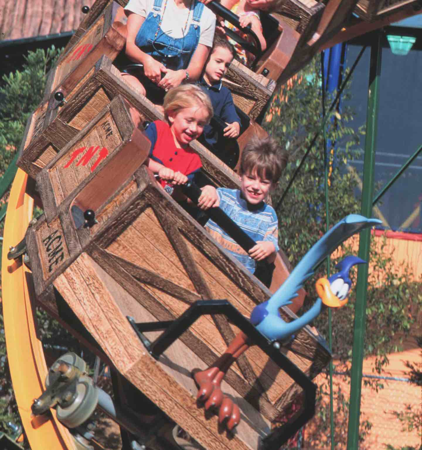 Six Flags Magic Mountain - 2022SeasonPass - Image 1
