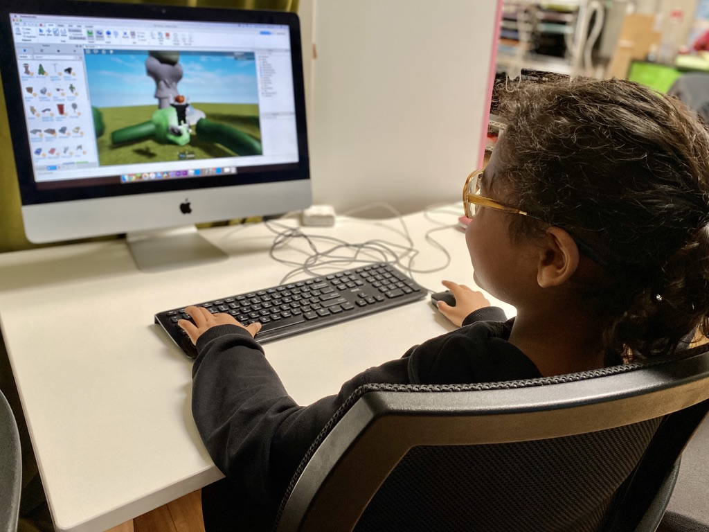 Fall eLive Classes – Coding: 2D Game Design - Image 1